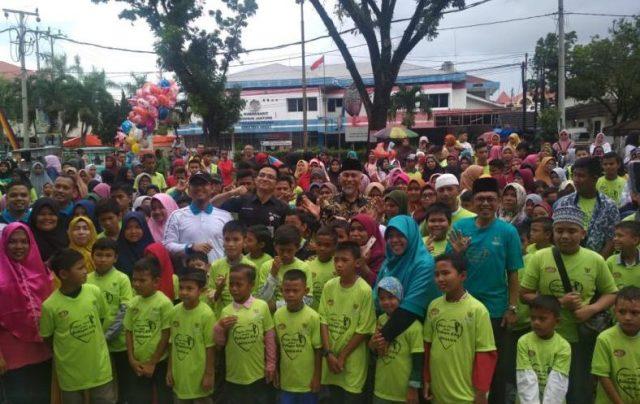 Subhanallah, 561 Ayak yatim di Kota Padang Nikmati Belanja di Transmart