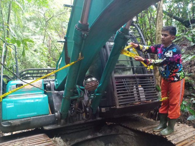 Penghujung 2019 Polres Solok Selatan Amankan Eskavator dan BBM Ilegal