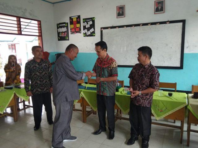 SMPN 6 Lembang Jaya Gelar Pisah Sambut Kepala