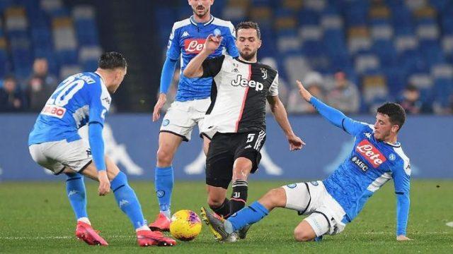 Tersungkur di Kandang Napoli, Juventus Tetap Puncaki Klasemen