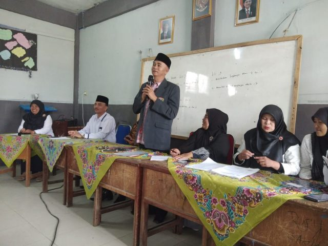 Persiapan UNBK Mandiri, MTsN 3 Solok Gandeng Komite Madrasah