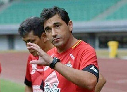 Semen Padang FC Bangkit, Eduardo Almeida Siap Tangani Tim Kabau Sirah