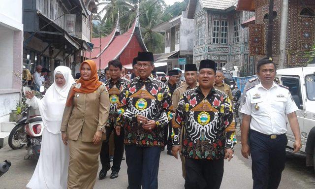 Bupati Solok Letakan Batu Pertama Pembangunan Masjid Raya Sulit Air