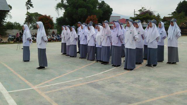 Upacara Terakhir Siswa Kelas XII MAN 3 Solok Berlangsung Khidmat