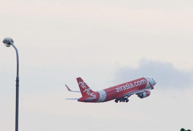 28 Penumpang Air Asia Dibekali Kartu HAC, Karena Sepesawat dengan Pasien Meninggal di M Djamil