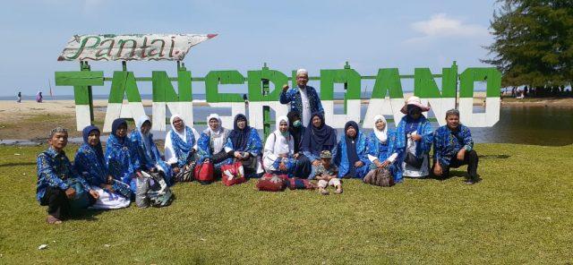 Ribuan Jamaah BKMT Sumbar Bertemu di Pantai Tan Sridano