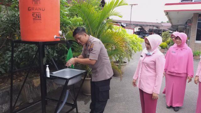 Hand Sanitizer, Fasilitas Baru di Polres Solok Kota