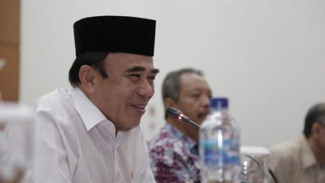 Menteri Agama : Sholat Ajarkan Kedisiplinan, Mari Disiplin Social Distancing