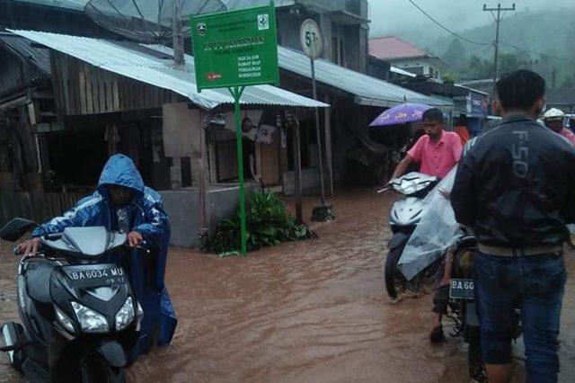 Area Pertanian Rusak Akibat Banjir di Talang Babungo