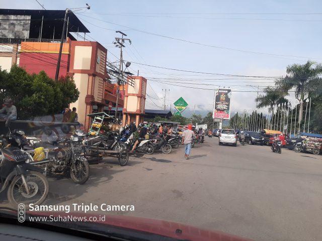 Diisukan Tutup, Pasar Raya Solok Buka Seperti Biasa