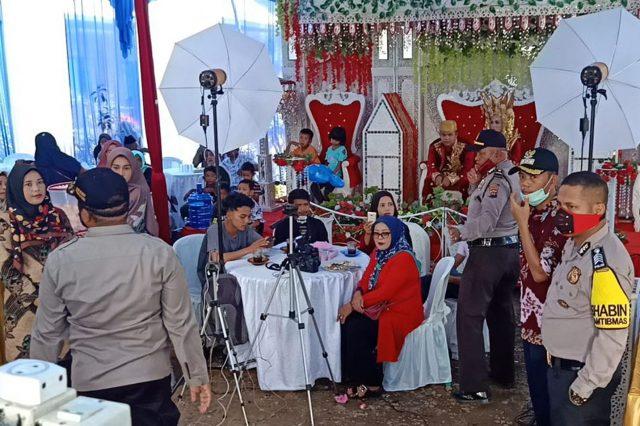 Polisi Hentikan Pesta Pernikahan