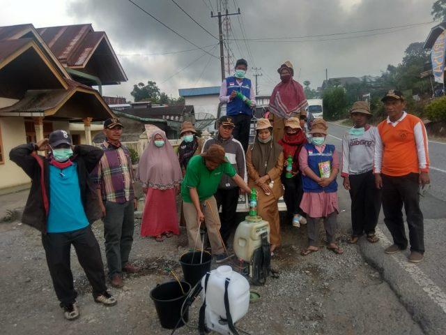 15 ODP, Rumah Warga Aie Batumbuek Disemprot Disinfektan
