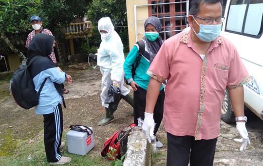 Perempuan 88 Tahun Asal Sulit Air Positif Covid-19