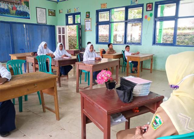 SMPN 3 Bukit Sundi Terapkan Pembelajaran Luring TP 2020/2021