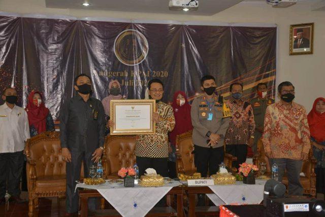 Kabupaten Agam Terima AnugerahKPAI 2020