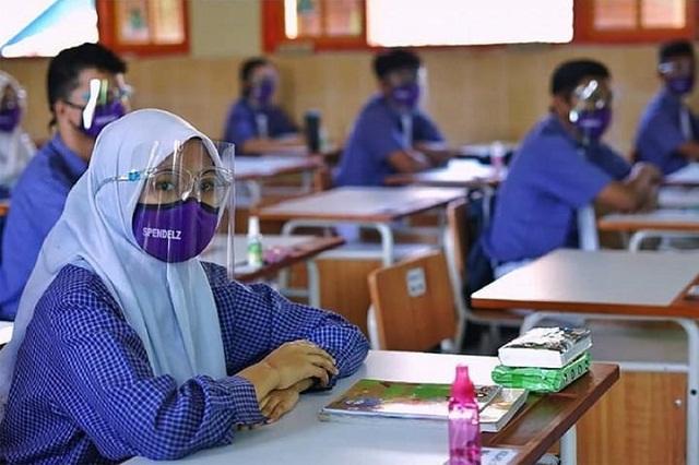 Butuh Persiapan Matang, Padang Panjang Tunda Belajar Tatap Muka